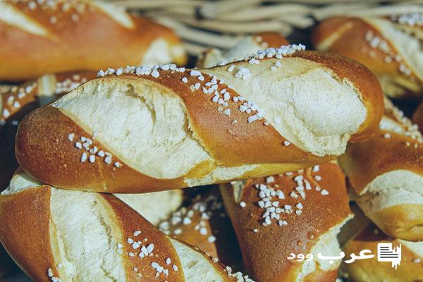 تفسير اعطاء الخبز في المنام للعزباء