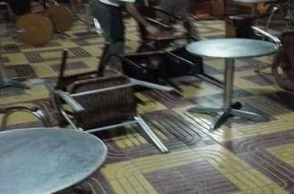 إحداث فوضى وتكسير الطاولات داخل مقهى شعبي بالبيضاء والأمن يدخل على الخط