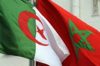 """بالفيديو.. مغاربة وجزائريون يحتجون لفتح حدود """"زوج بغال"""""""