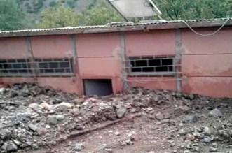 """سيول الأمطار تُخلّف أضراراً في حجرات دراسية بـ""""أزيلال"""""""