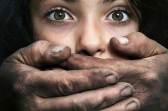 اعتقال أب اغتصب بناته الثلاث لسنوات طويلة بتطوان