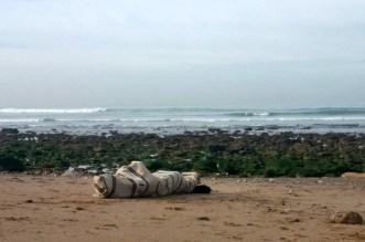 البحر يلفظ جثة شاب مهاجر بطنجة