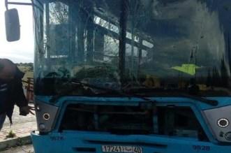 بعد عطب في الفرامل.. سائق حافلة بطنجة يصطدم بالأشجار