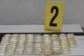 تفريغ 69 كبسولة كوكايين من أمعاء غامبي بالبيضاء