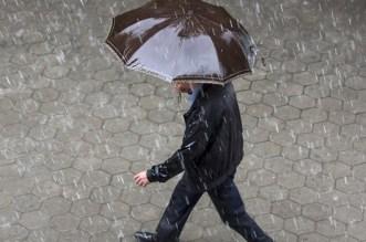نشرة خاصة.. تساقطات مطرية رعدية اليوم بهذه المناطق