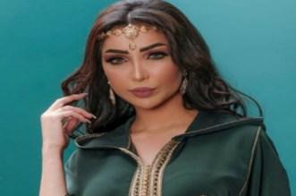 صورة لدنيا بطمة رفقة حلا الترك بالمغرب تشعل الفايسبوك