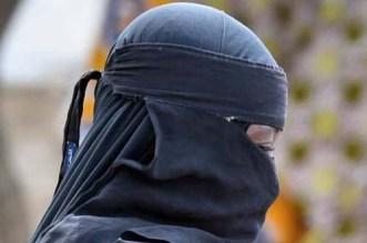 """إيطاليا ترحل زوجة """"ملاكم داعش"""" بعد سجنها إلى المغرب"""