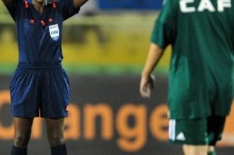 """""""الكاف"""" تكشف عن هوية حكم مباراة المغرب والجزائر"""