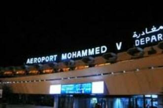 """تفريغ 176 كبسولة """"حشيش"""" من أمعاء جزائريان بمطار البيضاء"""