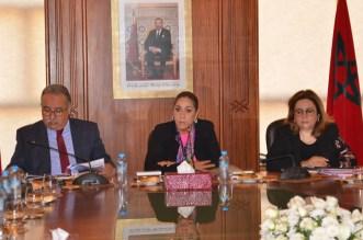 وزيرة التعمير تبحث مع مسؤولي القطاع بجهة سوس سبل تنفيذ التوجيهات الملكية