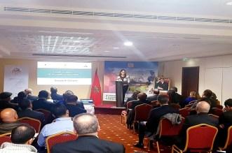 """""""الاستثمار في خدمة مغاربة العالم"""" موضوع ندوة بباريس"""