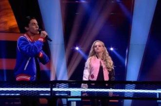 """مشارك في """"ذا فويس"""" هولندا يذهل لجنة التحكيم والجمهور بأغاني مغربية – فيديو"""