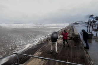 """إعصار """"غلوريا"""" وتأثيره على المغرب.. مصدر من الأرصاد الجوية يوضح"""