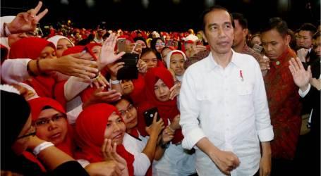 الرئيس جوكوي يلتقي العمال المهاجرين الإندونيسيين في هونغ كونغ