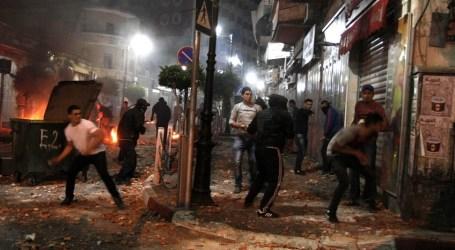 شباب الضفة الغربية يتصدون لاقتحام الاحتلال لمركز رام الله