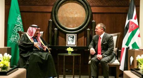 عاهل الأردن يجري مباحثات مع نظيره السعودي تناولت تداعيات قرار ترامب