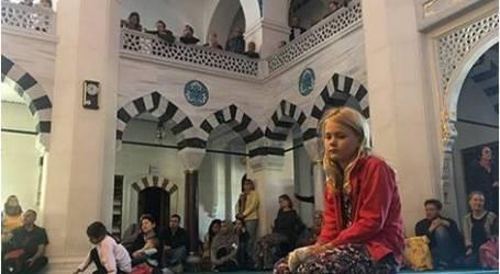 فتح المساجد امام الزائرين في المانيا ليوم واحد