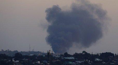 طائرات مروحية صهيونية تقصف على مراصد للمقاومة في قطاع غزة