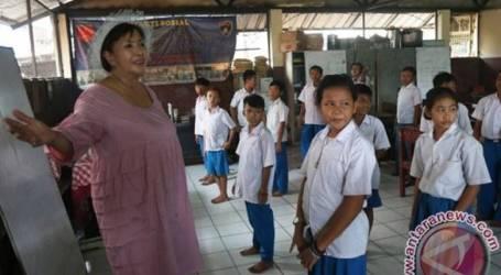 مشروع بناء 10 مدارس مهنية ، وتجديد 137 مبنى مدرسي في جاكرتا