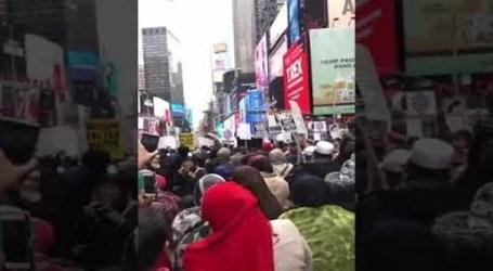 مسيرة فى تايم سكوير ضدالإسلاموفوبيا