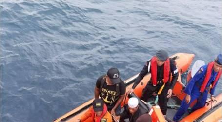 فريق البحث والإنقاذ المشترك ينقذ ثمانية ركاب في مياه تانيمبار