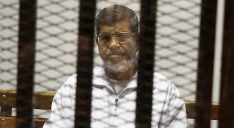 """وفاة محمد مرسي.. """"خفوت"""" داخل مصر و""""غضب"""" خارجها"""