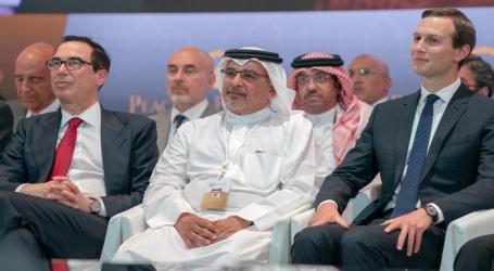 هآرتس تشير إلى ظهور دلائل التطبيع ورشة البحرين