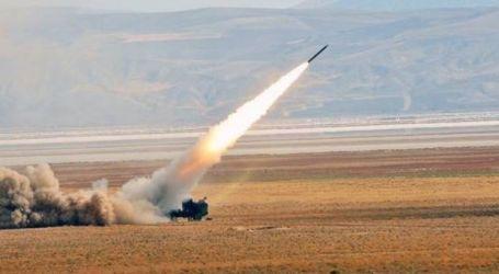 الحوثيون يستهدفون مواقع للجيش السعودي بمسيرات وصاروخ باليستي