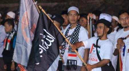 منظمة جماعة المسلمين اندونيسيا تنظم مسيرة التضمان مع الشعب الفلسطيني