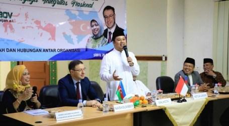 سفير أذربيجان يعزز إمكانات السياحة الدينية في ندوة الدولية للمجلس العلماء الإندونيسي في مدينة تانجيرانج