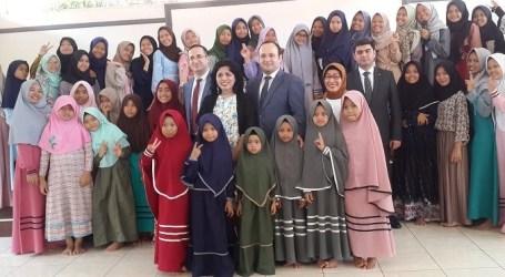 سفر الأمة الأذربيجانية السادسة عشر ، السفير ميرزاييف يزور دار الأيتام في جاكرتا