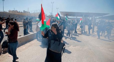 إصابة 38 فلسطينيا خلال مواجهات مع الجيش الإسرائيلي شرقي القدس
