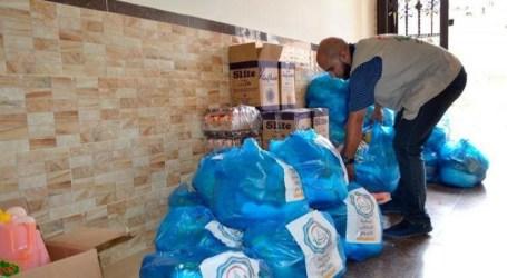 """العمل الخيري"""" للجهاد """" يوزع طرودا غذائية على الأسر المستورة شمال غزة"""