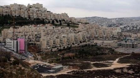 فلسطين تطالب بالضغط لوقف قانون تطوير البؤر الاستيطانية