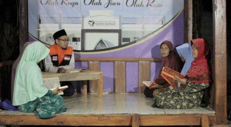 تعليم كبار السن الدين في المدرسة الداخلية الإسلامية كاسيبوهان رادين رحمت