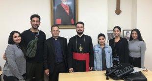 نيافة الاسقف مار اوراهام يوخانس، يعقد الاجتماع التأسيسي الأول للجان جمعية شباب لندن