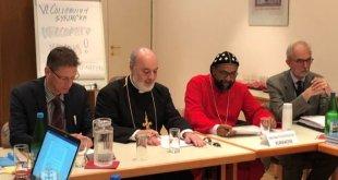 نيافة الاسقف مار آوا روئيل، يمثل كنيسة المشرق الآشورية في مؤتمر برو أورينتي السادس