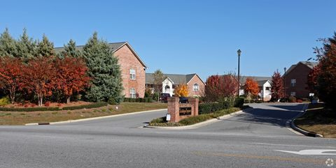 Photo Of 2477 County Home Rd Greenville Nc 27858 Apartment For