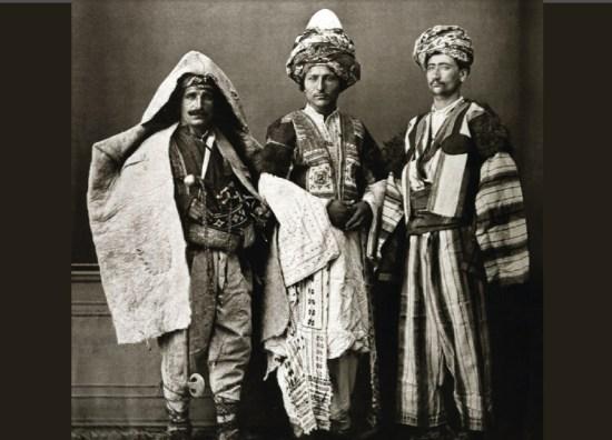 الأكراد.. وهوية سوريا الهشة
