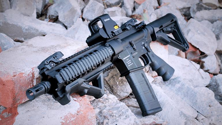 AR15 w/ angled foregrip