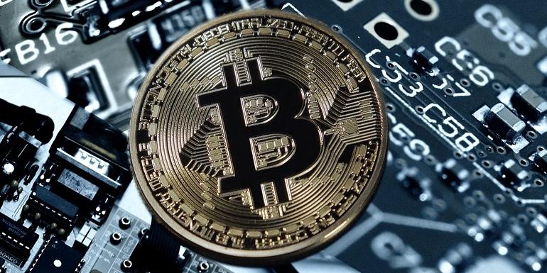 هل يجب تخزين العملات الرقمية على منصات تداول العملات الرقمية المشفرة؟