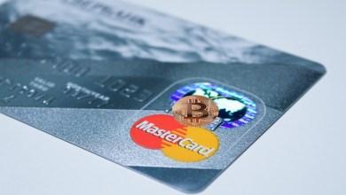 دليل مبسط حول ماهية بطاقات الائتمان الخاصة بالعملات الرقمية المشفرة