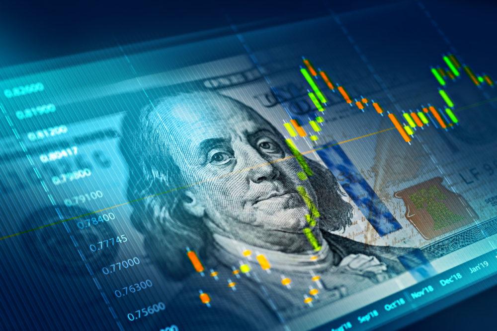 """""""نوفوغراتز"""" مصرحا: الدولار يواجه أزمة وجودية ما لم تنشئ الولايات المتحدة دولارا رقميا"""