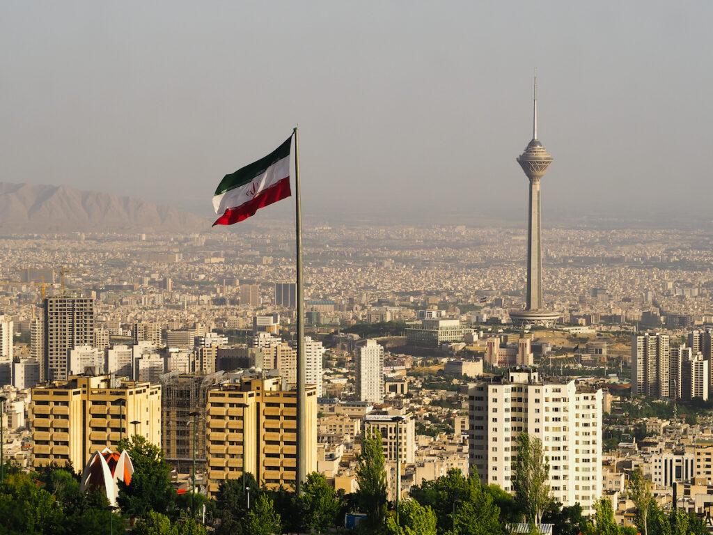 """اعتقال مشتري NFT الخاصة بأول تغريدة لـ """"جاك دورسي"""" في إيران"""