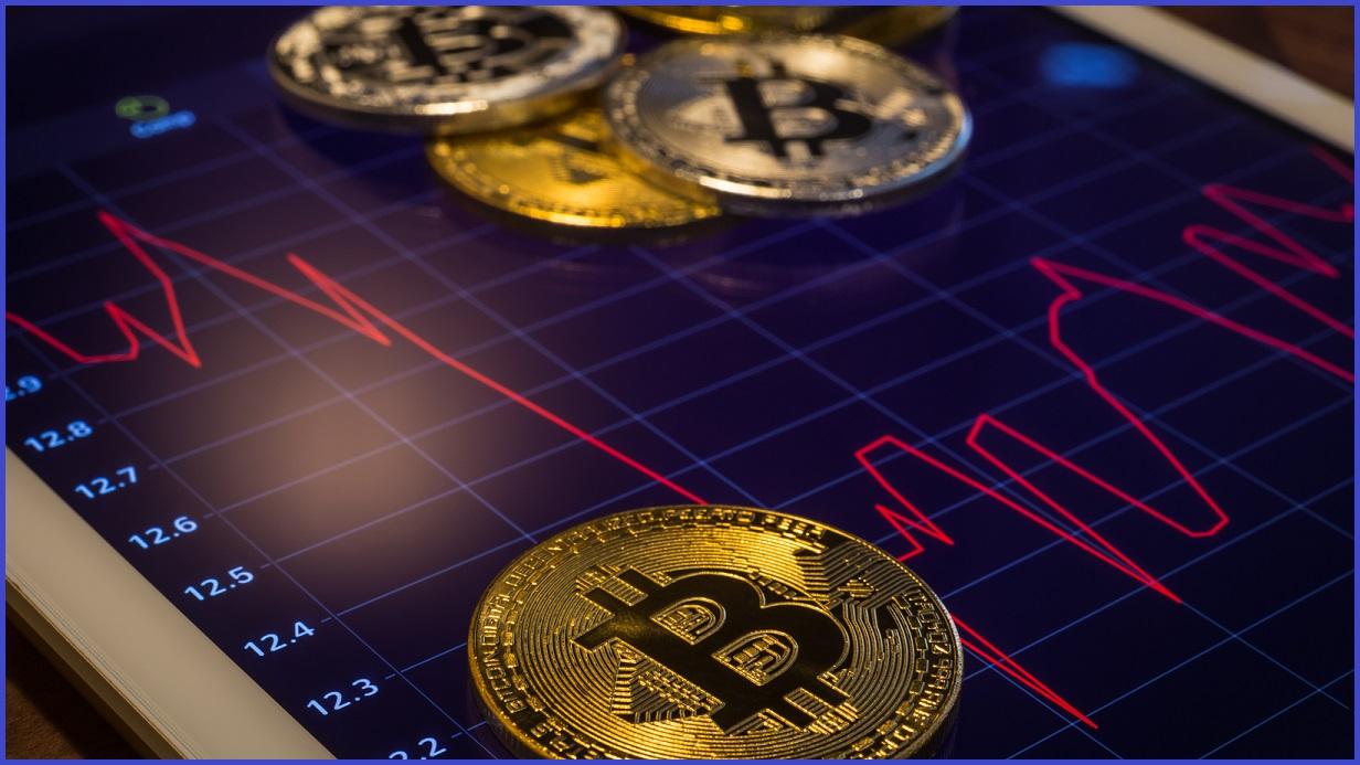 حول سعر البيتكوين: هل دخلنا السوق الهابط أم مجرد تغير طفيف في الزخم؟