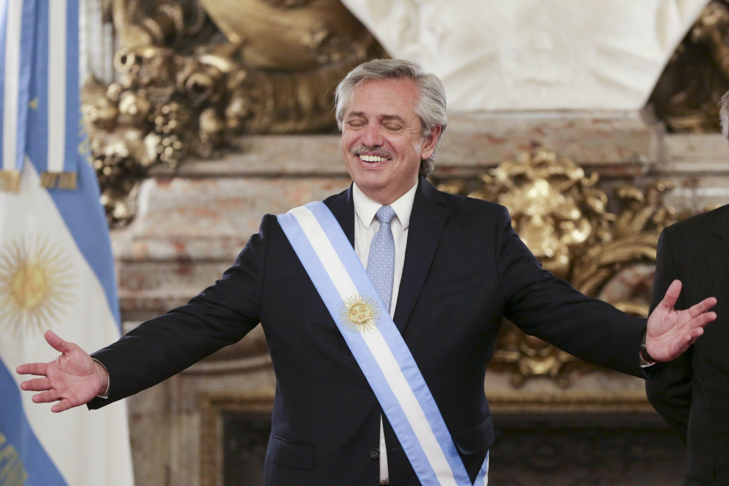 رئيس الأرجنتين: لا يوجد سبب لمنع اعتماد البيتكوين