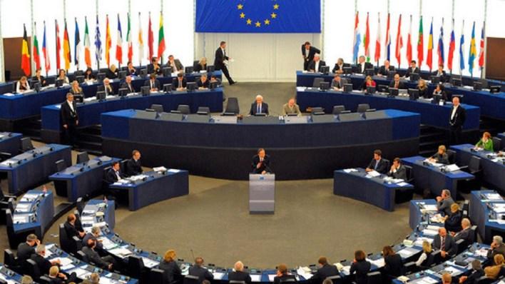 الهجرة إلى أوروبا وقضايا اللجوء.. هل تُصبح أكثر إنسانية بعد توقيع ميثاق الاتحاد الأوروبي؟