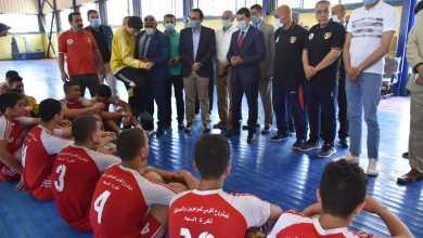 صورة وزير الرياضة يشهد تدريبات المشاركين في لعبة كرة اليد ضمن المشروع القومي للموهبة بالإسماعيلية