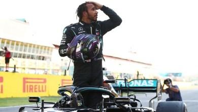 صورة هاميلتون يحقق الفوز رقم 90 في الفورمولا وان ويقترب من معادلة رقم شوماخر التاريخي