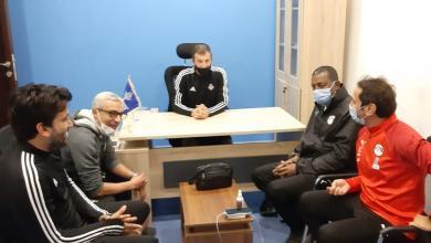 صورة ربيع ياسين يعقد جلسة خاصة مع مدرب بيراميدز